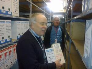 Jean Paul Schmitt et jean philippe Petitfils livraison du premier lot d'archives de Suresnes le 18/12/2017