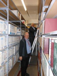 Roger GUIGUI et jean pail Schimtt livraison du second lot d'archives de surenes le8/1/2018